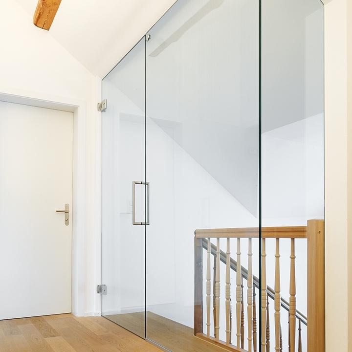glast ren von glas tr sch. Black Bedroom Furniture Sets. Home Design Ideas